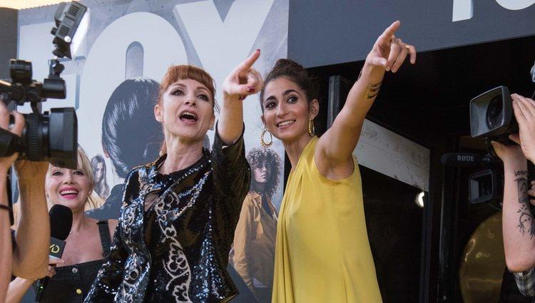 Najwa Nimri y Alba Flores en la premier de 'VIS A VIS'