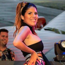Chabelita Pantoja bailando 'Ahora estoy mejor' en la fiesta de presentación