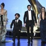 Lena Headey, Peter Dinklage, Kit Harington y Emilia Clarke en los Emmy 2019