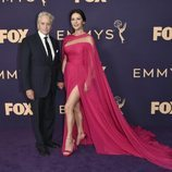 Catherine Zeta Jones y Michael Douglas en los Emmy 2019