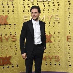 Kit Harington en los Emmys 2019