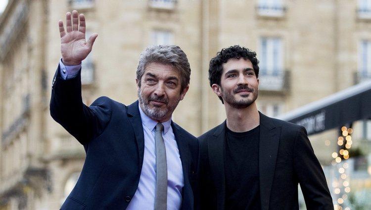 Ricardo Darín y Chino Darín en la presentación de 'La odisea de los giles'