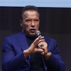 Arnold Schwarzenegger hablando en la Arnold Classic Europe 2019