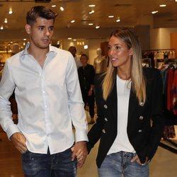 Álvaro Morata y Alice Campello acudiendo juntos a un evento