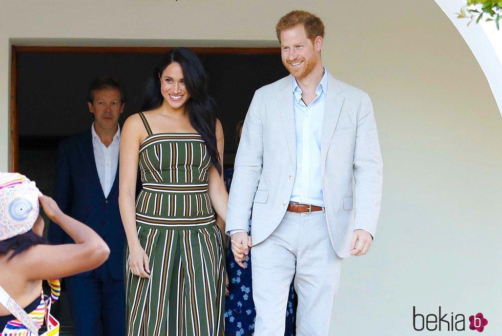 El Príncipe Harry y Meghan Markle en la recepción celebrada en la residencia del Alto Comisionado de Reino Unido en Sudáfrica