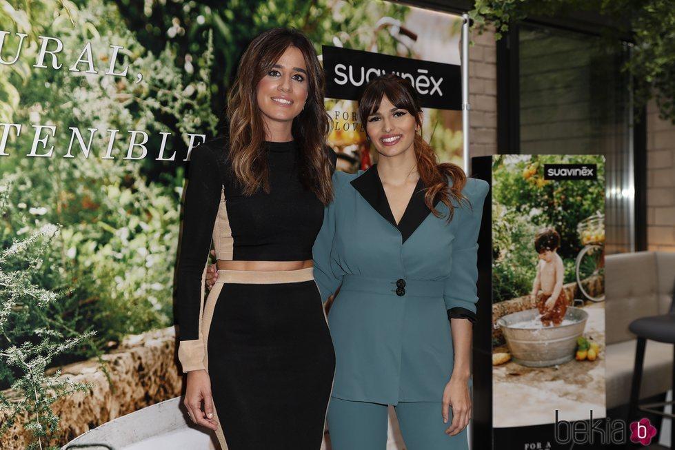 Isabel Jiménez y Sara Sálamo en un evento sobre maternidad
