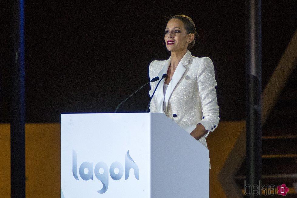 Eva González en la inauguración de un centro comercial en Sevilla
