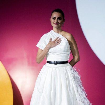 Penélope Cruz antes de recoger el Premio Donostia muy emocionada en el Festival de Cine de San Sebastián 2019