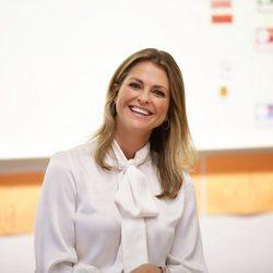 Magdalena de Suecia sonriente presentando su libro 'Stella y el secreto'