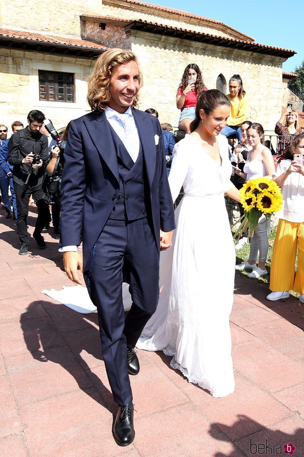 Marta Pombo y Luis Giménez convertidos en marido y mujer