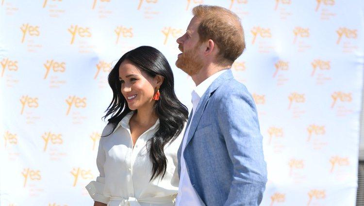 El Príncipe Harry y Meghan Markle reaparecen juntos en su último día en Sudáfrica