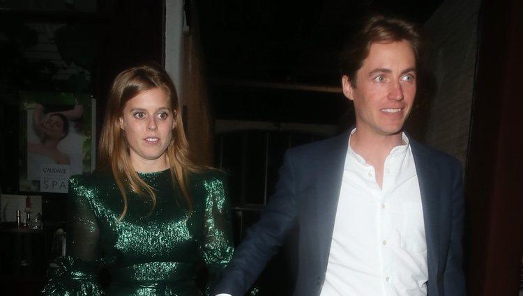 Beatriz de York y Edoardo Mapelli Mozzi en su primer acto tras el anuncio de su compromiso
