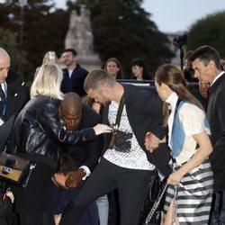 Justin Timberlake y Jessica Biel reciben un placaje en la Paris Fashion Week