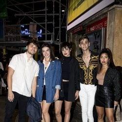 Damion, Marta Sango, Natalia Lacunza, Dave y África ('OT 2018') en la fiesta de cumpleaños de Paco León