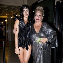 María León y Carmina Barrios en la fiesta de cumpleaños de Paco León