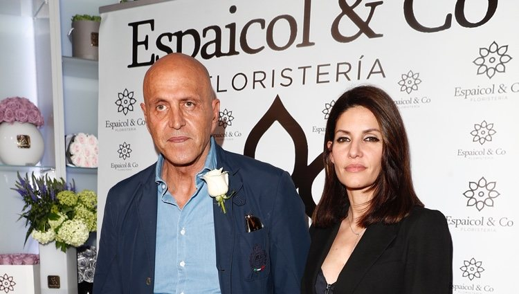 Kiko Matamoros y Cristina Pujol en un photocall como pareja