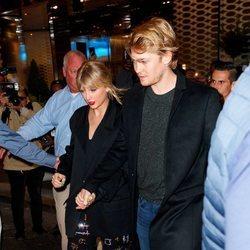 Taylor Swift de la mano de Joe Alwyn en Nueva York