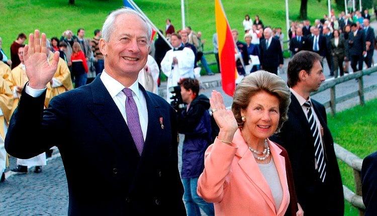 Los Príncipes Hans Adam y María de Liechtenstein en la celebración del Día Nacional en 2006