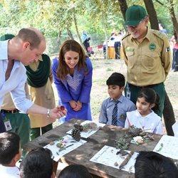 Los Duques de Cambridge visitando Margalla Hills en Islamabad, Pakistán