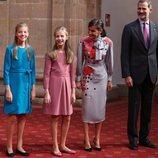Los Reyes Felipe y Letizia, la Princesa Leonor y la Infanta Sofía en la recepción previa a los Premios Princesa de Asturias 2019
