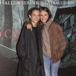 Ana Fernández y Andrea Molina en la presentación de la 'Halloween week 2019' del Parque de Atracciones de Madrid
