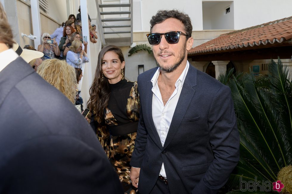 Juan Pico Mónaco con su novia Diana Arnopoulos en la boda de Rafa Nadal y Xisca Perelló