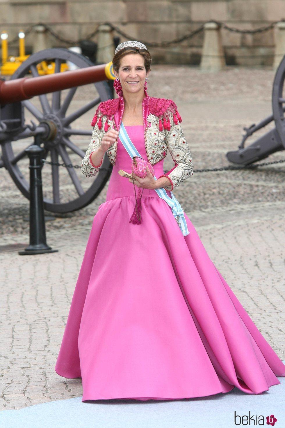 La Infanta Elena en la boda de Victoria de Suecia y Daniel Westling en 2010