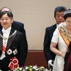 Naruhito y Masako de Japón en la cena por la entronización de Naruhito de Japón como Emperador
