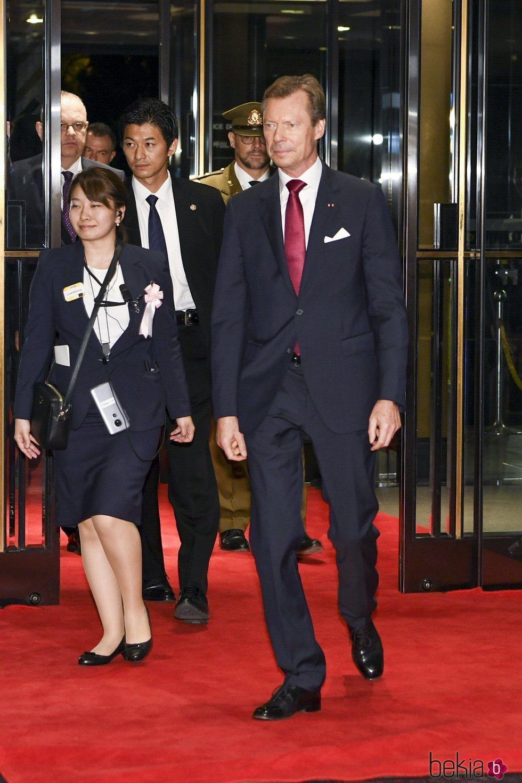 Enrique de Luxemburgo en el banquete organizado por la entronización de Naruhito de Japón