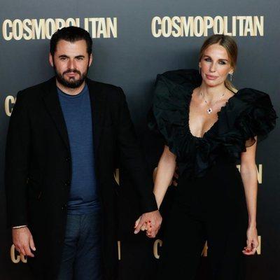 Carola Baleztena y Emiliano Suárez en el photocall de los Premios Cosmopolitan 2019