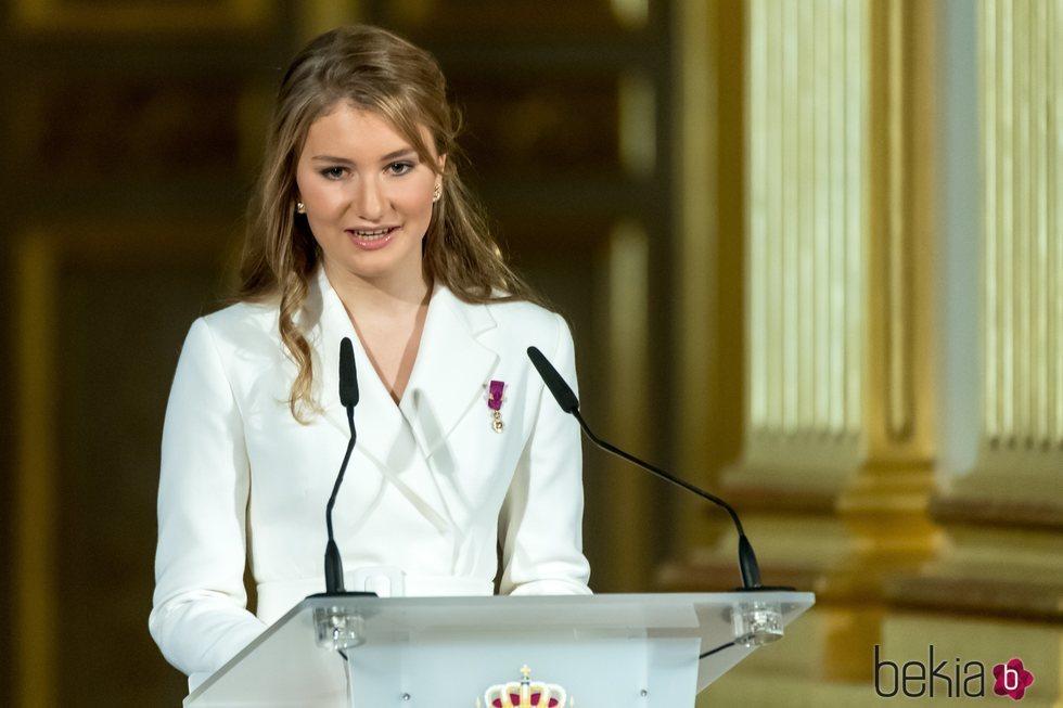 Isabel de Bélgica pronuncia un discurso en su 18 cumpleaños