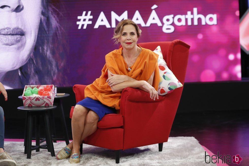 Ágatha Ruiz de la Prada visitando 'Aquellos maravillosos años'