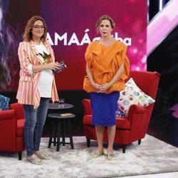 Toñi Moreno con Ágatha Ruiz de la Prada en 'Aquellos maravillosos años'