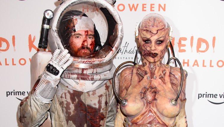 Heidi Klum y Tom Kualitz en la fiesta de Halloween de 2019