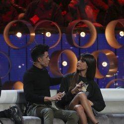 Sofía Suescun y Kiko Jiménez hablando en el octavo debate de 'GH VIP 7'