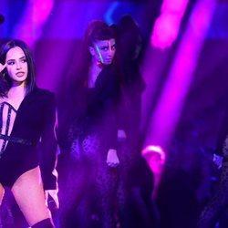 Becky G actuando en los MTV EMAs 2019