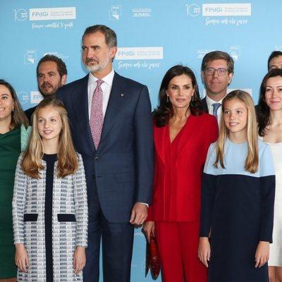 Los Reyes Felipe y Letizia, la Princesa Leonor y la Infanta Sofía en la recepción a los galardonados en los Premios Princesa de Girona 2019