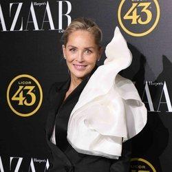 Sharon Stone en los premios Harper's Bazaar 2019