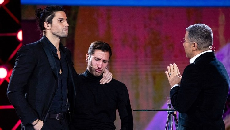 Gianmarco llorando en la gala 10 de 'GH VIP 7' ante la discusión de su hermano con Jorge Javier Vázquez