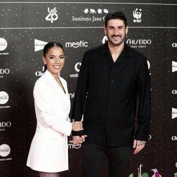 Melendi y Julia Nakamatsu en Los 40 Music Awards 2019