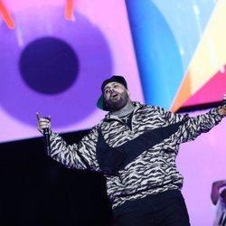 Nicky Jam en su actuación en Los 40 Music Awards 2019