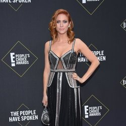Brittany Snow en la alfombra roja de los People's Choice Awards 2019
