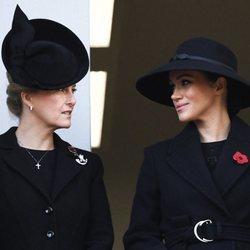 Sophie Rhys-Jones y Meghan Markle en el Día del Recuerdo 2019