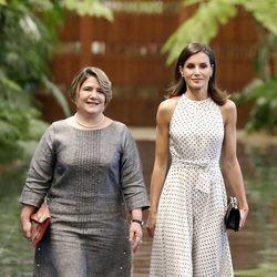 La Reina Letizia con Lis Cuesta en la ceremonia de bienvenida en su Visita de Estado a Cuba