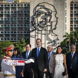 Los Reyes Felipe y Letizia en el Monumento a José Martí en su Visita de Estado a Cuba