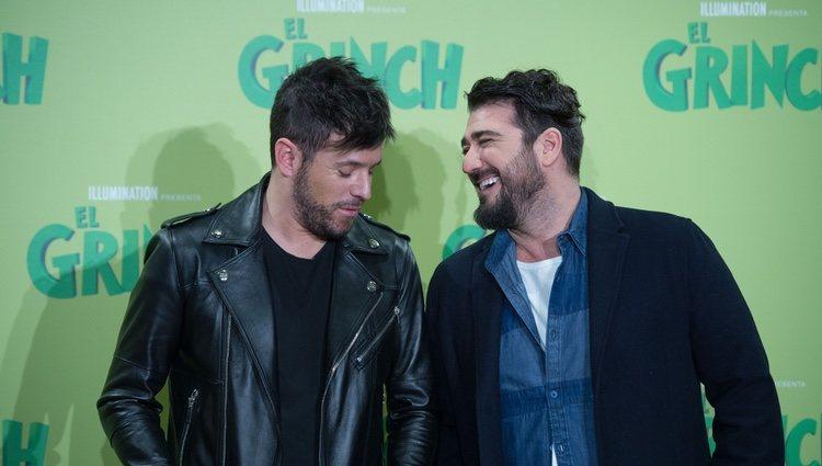 Pablo López y Antonio Orozco en la presentación de la película 'El Grinch'
