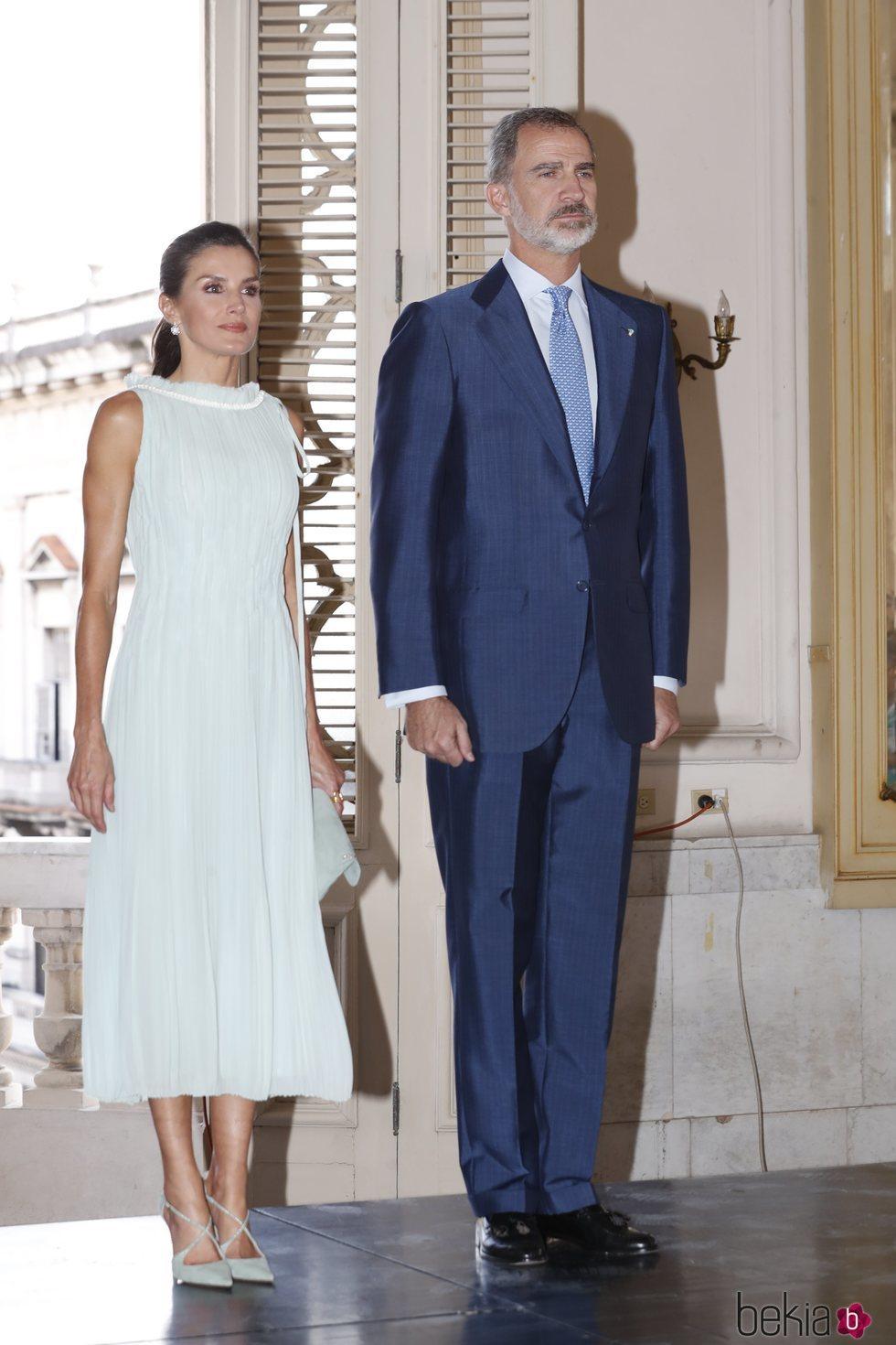 Los Reyes Felipe y Letizia en la recepción a la colectividad española residente en Cuba