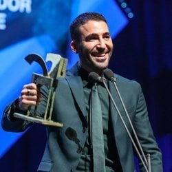 Miguel Ángel Silvestre recogiendo su premio Ondas 2019