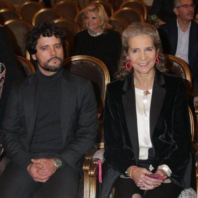 La Infanta Elena junto a Miguel Abellán en un homenaje a la tauromaquia