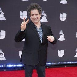 Andrés Calamaro en la alfombra roja de los premios Grammy Latino 2019
